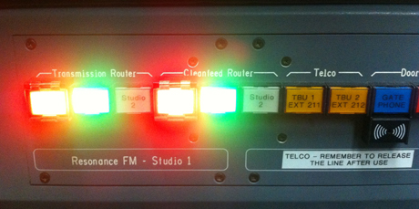 Resonance+FM+studio+pic