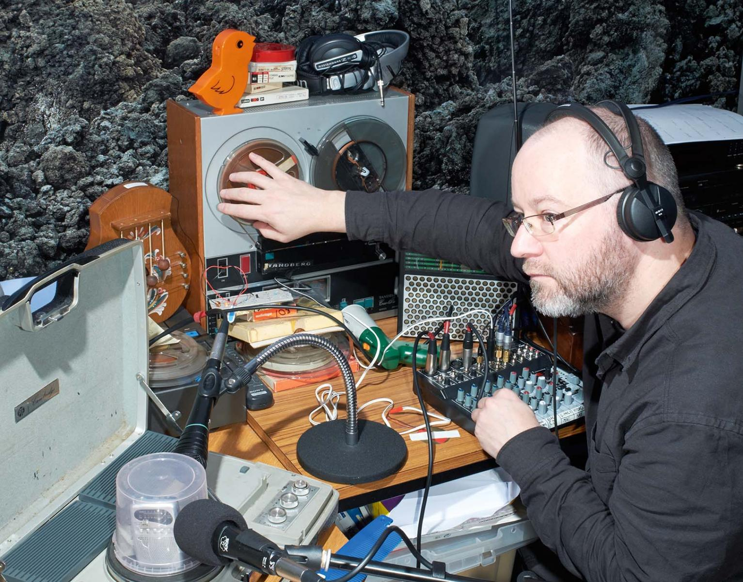 Radiophrenia Are Back With An Open Call For Sound And Radio Works Model Railroad Electronic Circuit Lists Mark Rollins The Wire