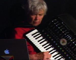 Pauline Oliveros In The Arms Of Reynols: Alan Courtis remembers an unlikely collaboration