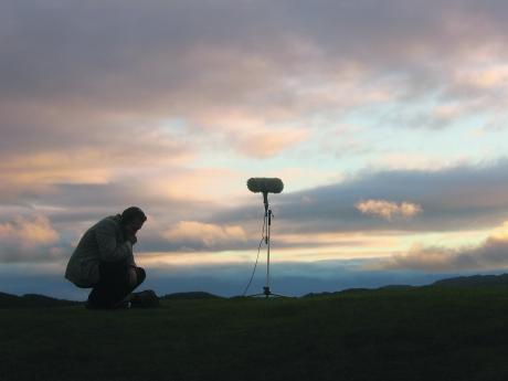 Lee+Patterson+on+location%2C+Dunadd%2C+west+Scotland%2C+2007